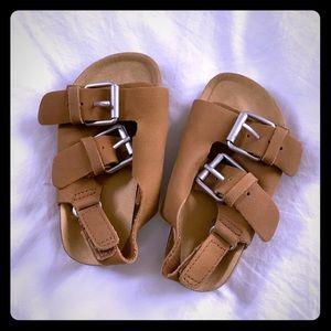 Zara Baby Sandals Size 4 (EU 19) in Tan